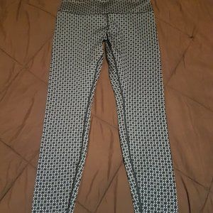 Lululemon Star Print Leggings - Size 8